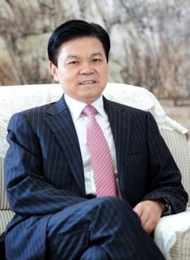 亨通集团董事局主席、党委书记 崔根良