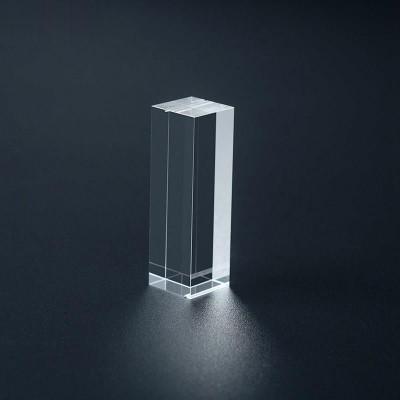 源头厂家平治光学提供美容仪蓝宝石镜片 导光晶体